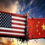 Chiến tranh thương mại Mỹ-Trung đang đe dọa kinh tế toàn cầu như thế nào?